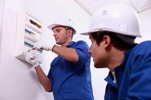 Techniciens ERDF électricité